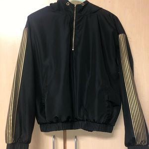 Black Vintage Windbreaker